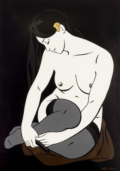 Femme à la broche en or